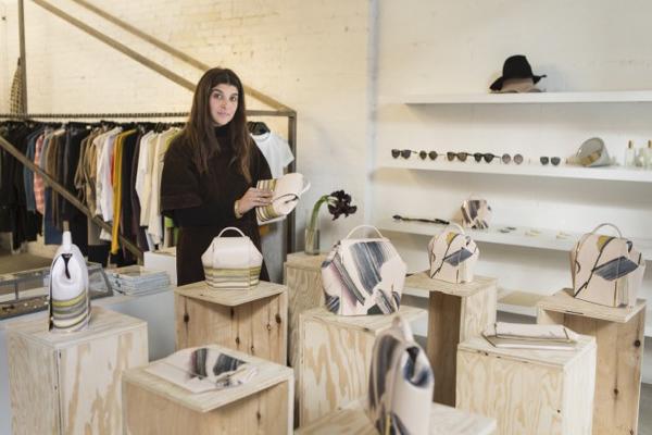 Susana Campuzano asesora en la creación de la marca onesixone